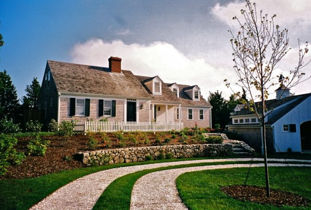 classic half Cape, Cape Cod house design by MA architect and Builder Joseph B Lanza